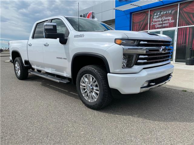 2020 Chevrolet Silverado 3500HD High Country (Stk: 218204) in Claresholm - Image 1 of 26