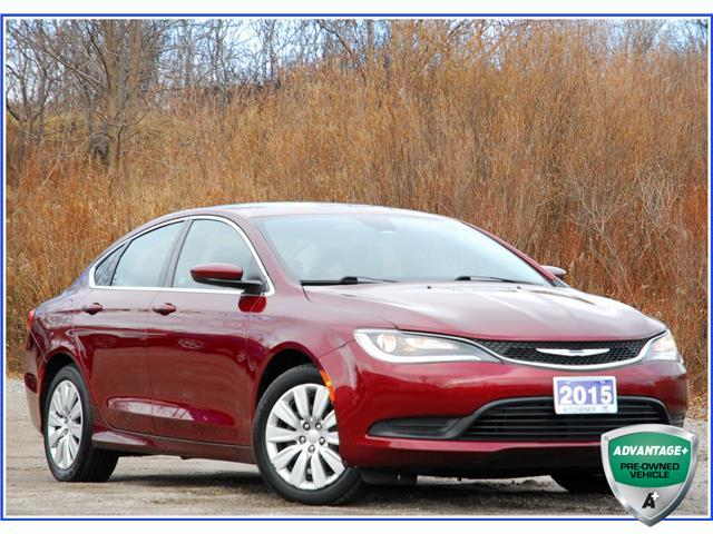 2015 Chrysler 200 LX (Stk: OP3930) in Kitchener - Image 1 of 15