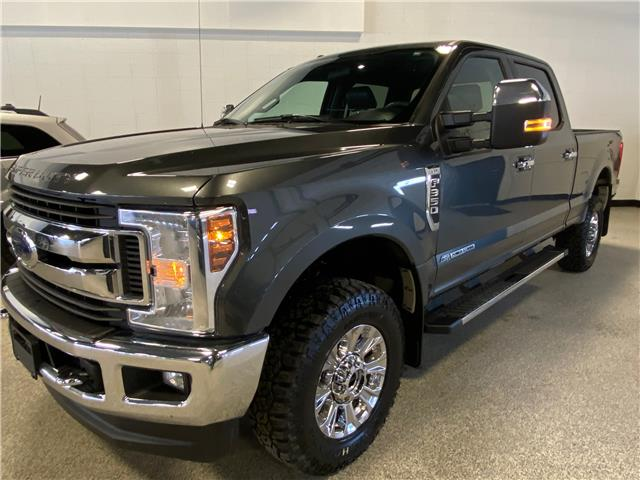 2018 Ford F-350 XLT (Stk: T23282) in Calgary - Image 1 of 19