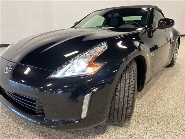 2014 Nissan 370Z Touring (Stk: P12395A) in Calgary - Image 1 of 22