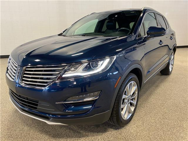 2017 Lincoln MKC Select (Stk: P12428) in Calgary - Image 1 of 19