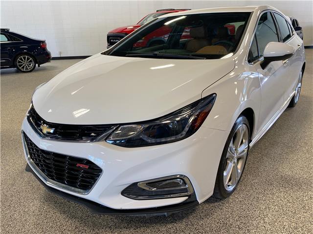 2018 Chevrolet Cruze Premier Auto (Stk: P12433) in Calgary - Image 1 of 22