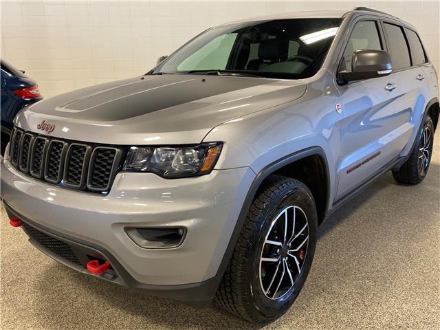 2019 Jeep Grand Cherokee Trailhawk (Stk: P12436) in Calgary - Image 1 of 27