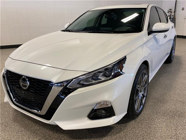 2019 Nissan Altima 2.5 SV (Stk: P12407A) in Calgary - Image 1 of 23