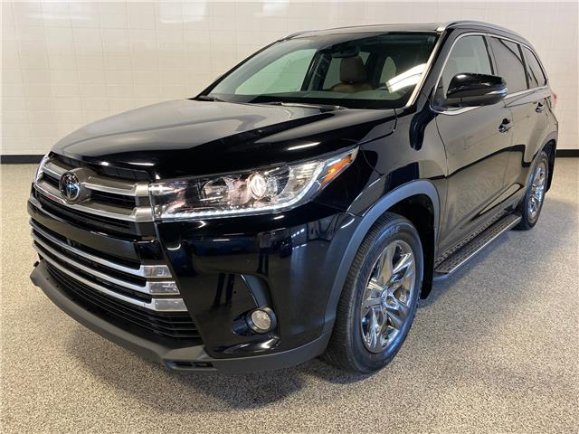 2018 Toyota Highlander Limited (Stk: P12466) in Calgary - Image 1 of 22