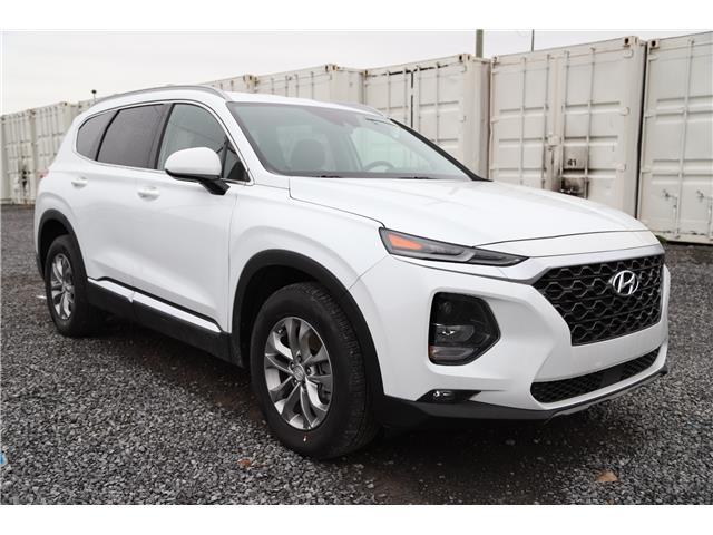 2020 Hyundai Santa Fe Essential 2.4 w/Safey Package (Stk: R05122) in Ottawa - Image 1 of 19