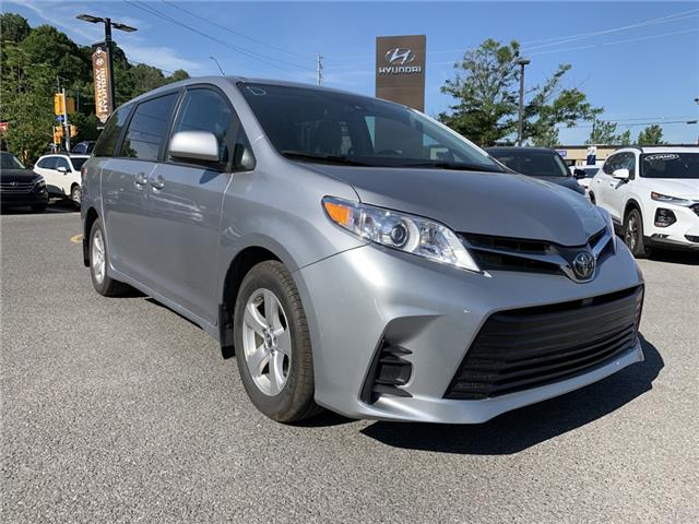 2018 Toyota Sienna LE 8-Passenger (Stk: P3500) in Ottawa - Image 1 of 24
