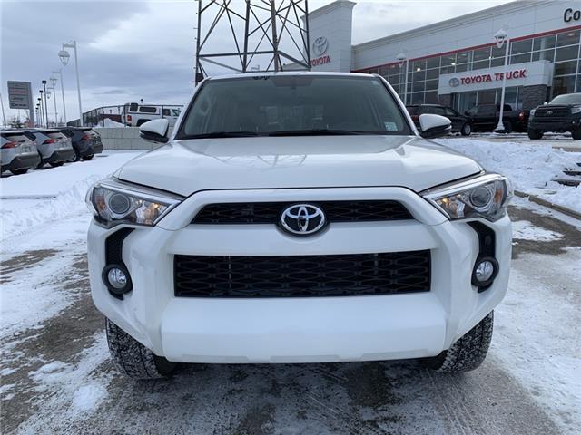 2018 Toyota 4Runner SR5 (Stk: 200133A) in Cochrane - Image 2 of 20
