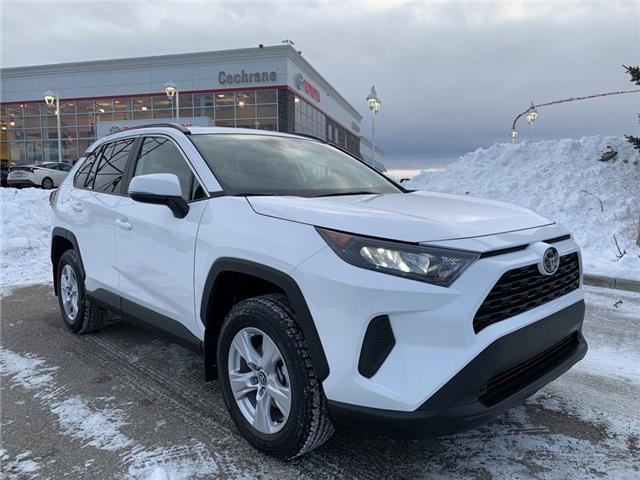 2019 Toyota RAV4 LE (Stk: 3009) in Cochrane - Image 1 of 19