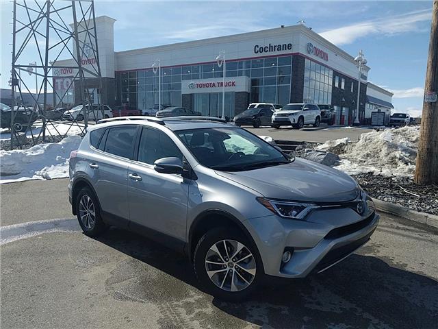 2018 Toyota RAV4 Hybrid LE+ (Stk: 3047) in Cochrane - Image 1 of 15
