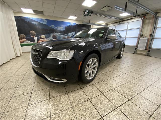 2016 Chrysler 300C Platinum (Stk: 190499A) in Cochrane - Image 1 of 27