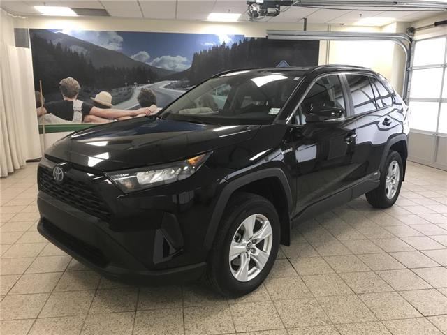 2019 Toyota RAV4 Hybrid LE (Stk: 3092) in Cochrane - Image 1 of 18