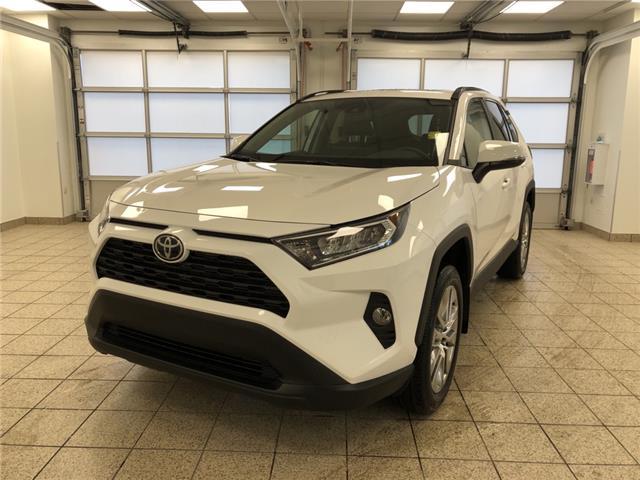 2021 Toyota RAV4 XLE (Stk: 210095) in Cochrane - Image 1 of 31