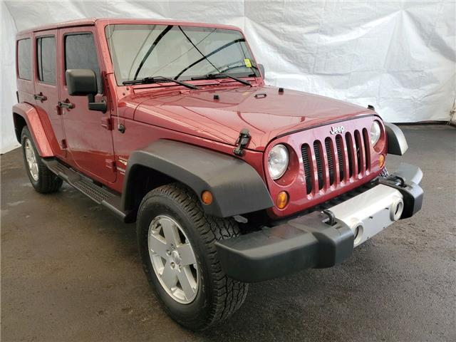 2012 Jeep Wrangler Unlimited Sahara (Stk: 2011061) in Thunder Bay - Image 1 of 15