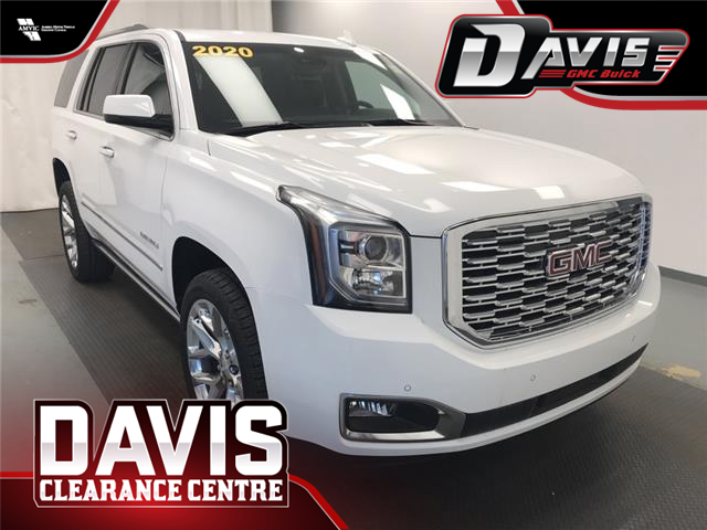 2020 GMC Yukon Denali (Stk: 208662) in Lethbridge - Image 1 of 30