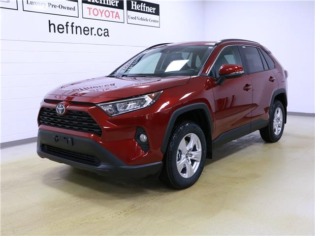 2020 Toyota RAV4 XLE (Stk: 200940) in Kitchener - Image 1 of 5