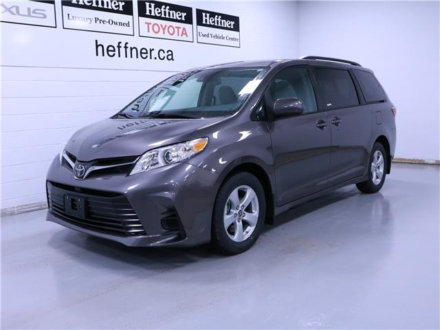2020 Toyota Sienna LE 8-Passenger (Stk: 200950) in Kitchener - Image 1 of 5