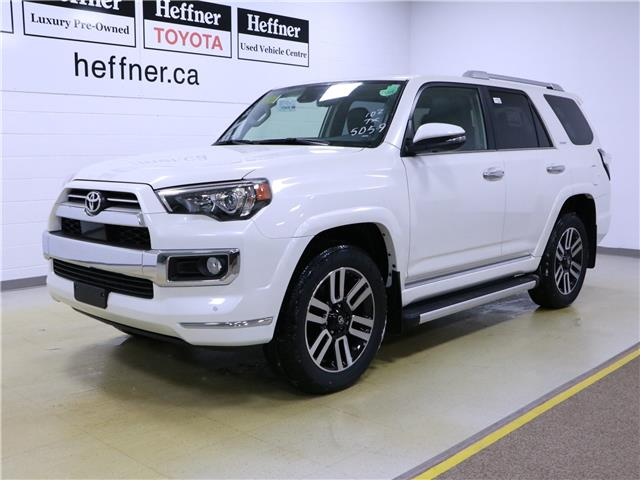 2020 Toyota 4Runner Base (Stk: 201236) in Kitchener - Image 1 of 5