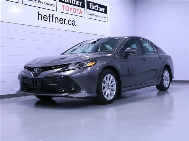 2020 Toyota Camry LE (Stk: 201565) in Kitchener - Image 1 of 4