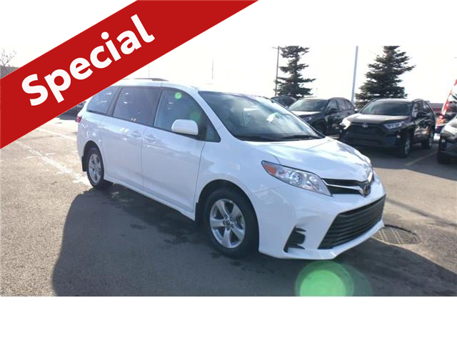 2020 Toyota Sienna LE 8-Passenger (Stk: 201101) in Calgary - Image 1 of 25