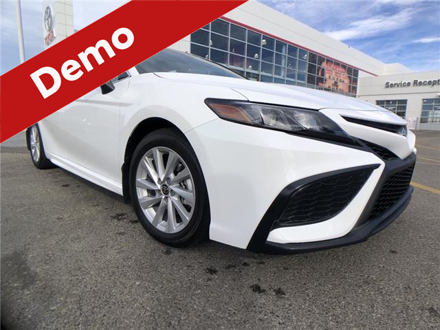 2021 Toyota Camry SE (Stk: 211046) in Calgary - Image 1 of 12