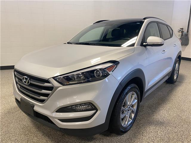 2018 Hyundai Tucson Luxury 2.0L (Stk: P12287) in Calgary - Image 1 of 16