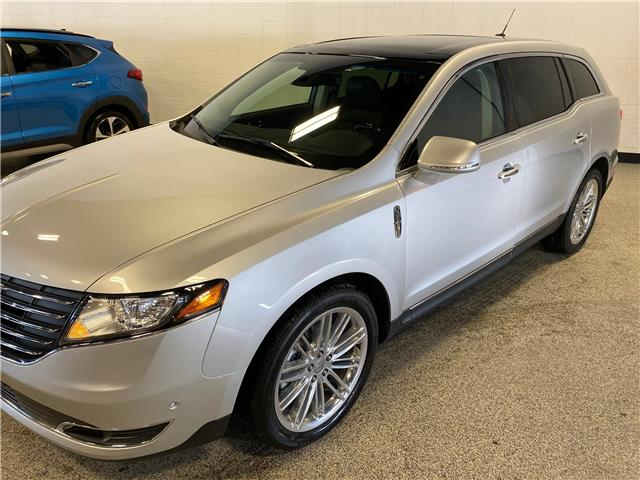2019 Lincoln MKT Reserve (Stk: P12302) in Calgary - Image 1 of 19