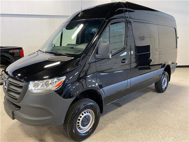 2019 Mercedes-Benz Sprinter 2500 High Roof V6 (Stk: A12355A) in Calgary - Image 1 of 17