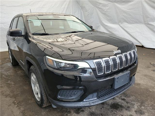 2020 Jeep Cherokee Sport (Stk: 201097) in Thunder Bay - Image 1 of 10