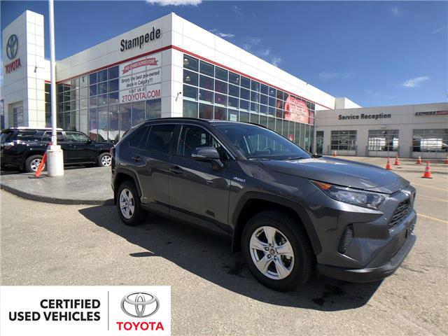 2019 Toyota RAV4 Hybrid LE (Stk: 9049A) in Calgary - Image 1 of 27
