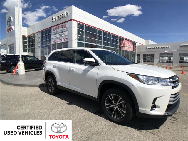 2019 Toyota Highlander LE (Stk: 9031A) in Calgary - Image 1 of 27