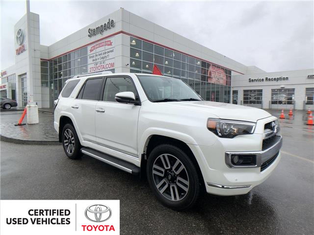 2017 Toyota 4Runner SR5 (Stk: 9051A) in Calgary - Image 1 of 29