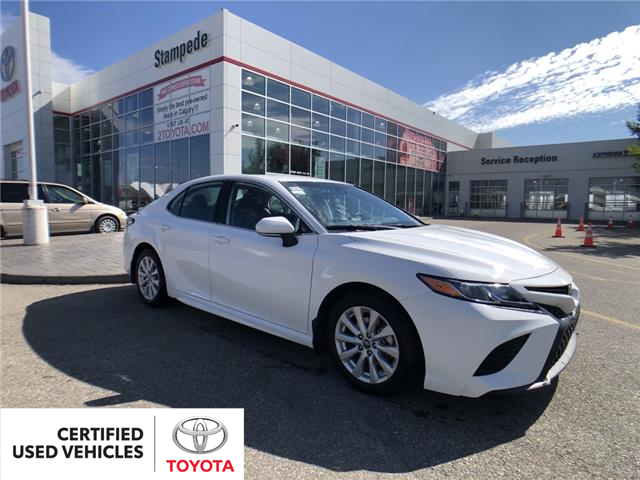 2019 Toyota Camry SE (Stk: 9111A) in Calgary - Image 1 of 14