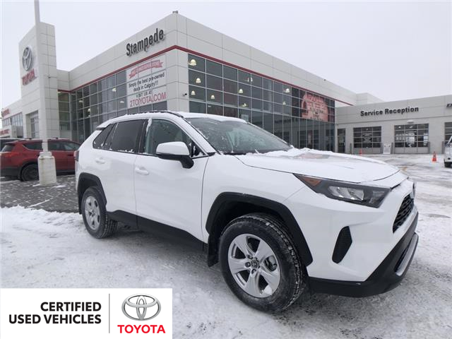 2019 Toyota RAV4 LE (Stk: 9256A) in Calgary - Image 1 of 22