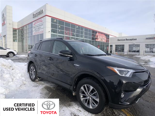 2018 Toyota RAV4 Hybrid LE+ (Stk: 9290A) in Calgary - Image 1 of 23