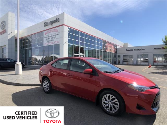 2018 Toyota Corolla LE (Stk: 9458A) in Calgary - Image 1 of 21