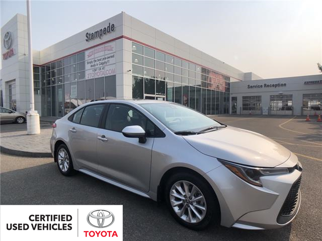 2020 Toyota Corolla LE (Stk: 9489A) in Calgary - Image 1 of 22