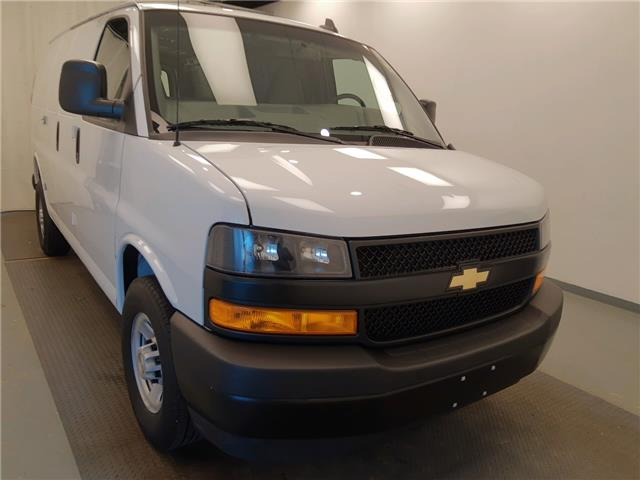 2019 Chevrolet Express 2500 Work Van (Stk: 215586) in Lethbridge - Image 1 of 25
