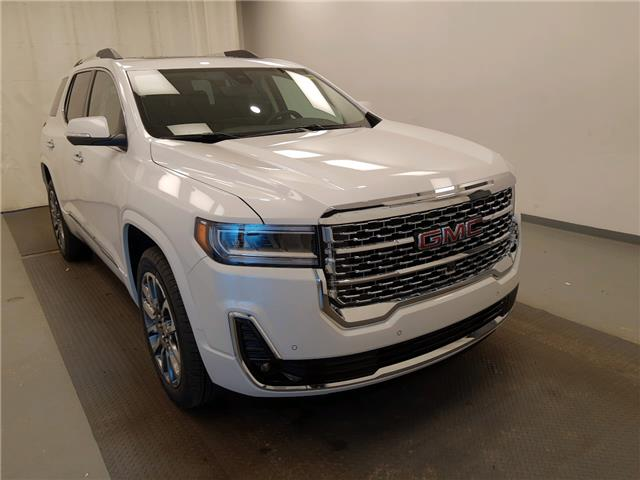 2020 GMC Acadia Denali (Stk: 215147) in Lethbridge - Image 1 of 30
