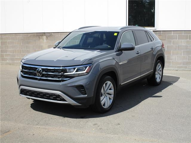 2020 Volkswagen Atlas Cross Sport 3.6 FSI Execline (Stk: 200166) in Regina - Image 1 of 48