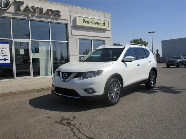 2015 Nissan Rogue SL (Stk: 2000481) in Regina - Image 1 of 40