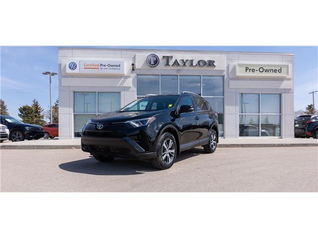 2018 Toyota RAV4 LE (Stk: 68301) in Regina - Image 1 of 32