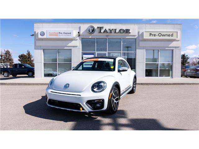 2018 Volkswagen Beetle 2.0 TSI Dune (Stk: 6870) in Regina - Image 1 of 39