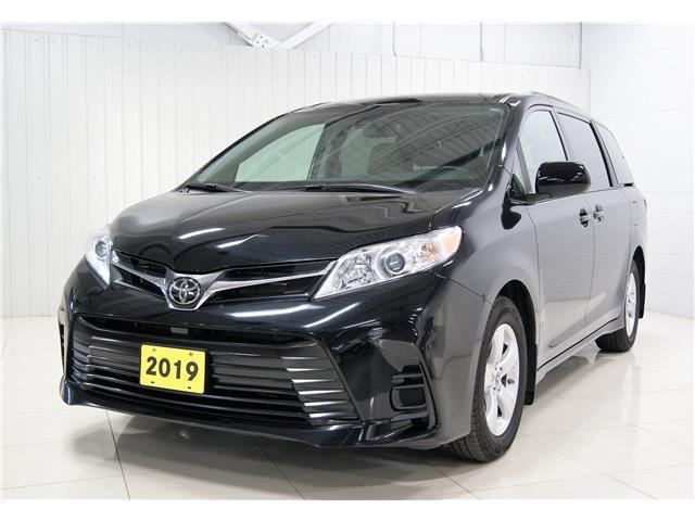 2019 Toyota Sienna LE 8-Passenger (Stk: PR055) in Sault Ste. Marie - Image 1 of 19