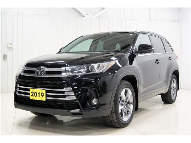 2019 Toyota Highlander Limited (Stk: P6309) in Sault Ste. Marie - Image 1 of 15