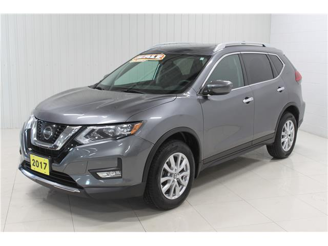 2017 Nissan Rogue SV (Stk: P6417A) in Sault Ste. Marie - Image 1 of 15