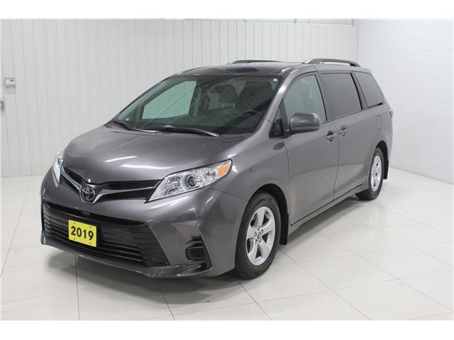 2019 Toyota Sienna LE 8-Passenger (Stk: S21007A) in Sault Ste. Marie - Image 1 of 13