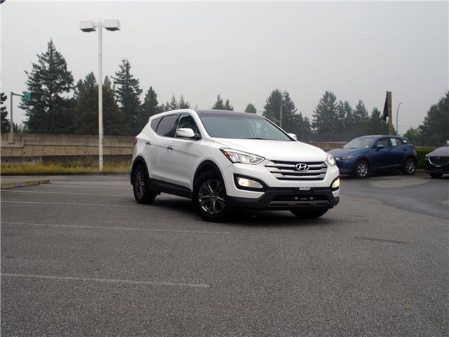 2013 Hyundai Santa Fe Sport 2.4 Luxury (Stk: 20M030A) in Chilliwack - Image 1 of 30