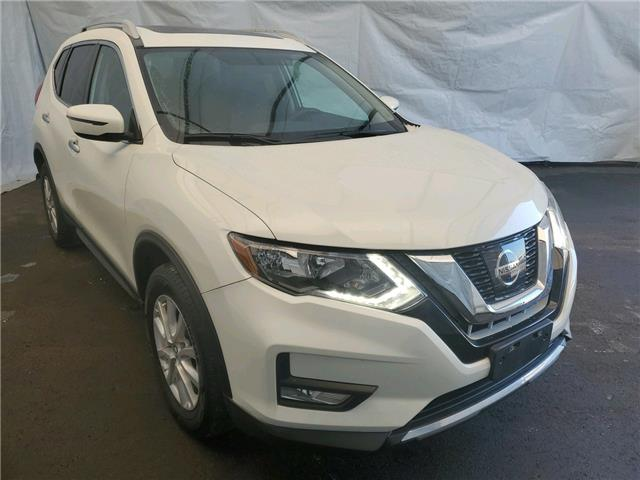 2017 Nissan Rogue SV (Stk: IU1802R) in Thunder Bay - Image 1 of 16