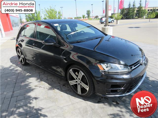 2017 Volkswagen Golf R 2.0 TSI (Stk: 200303A) in Airdrie - Image 1 of 33